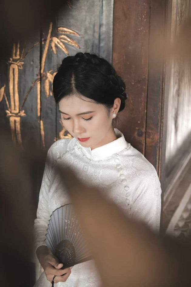 Nhan sắc đài các của cô gái 18 tuổi 'miền gái đẹp' thi Hoa hậu Việt Nam 2020  - ảnh 7