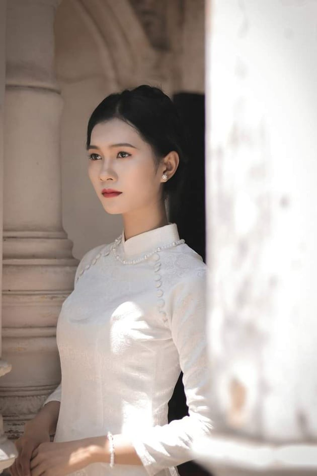 Nhan sắc đài các của cô gái 18 tuổi 'miền gái đẹp' thi Hoa hậu Việt Nam 2020  - ảnh 5