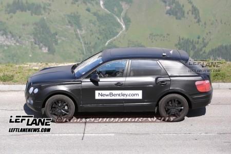 Lộ SUV siêu sang của Bentley trên đường thử - ảnh 1
