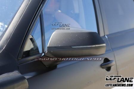 Lộ SUV siêu sang của Bentley trên đường thử - ảnh 7