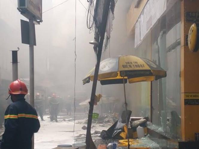 TPHCM: Cháy lớn siêu thị Thế Giới Di Động - ảnh 3