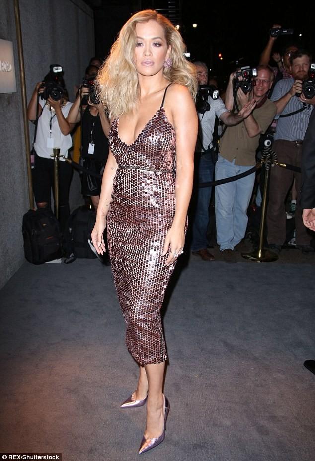 Naomi Campbell,Cindy Crawford, Rita Ora, Gigi Hadid, DJ Calvin Harris, Manhattan, Tom Ford - ảnh 5