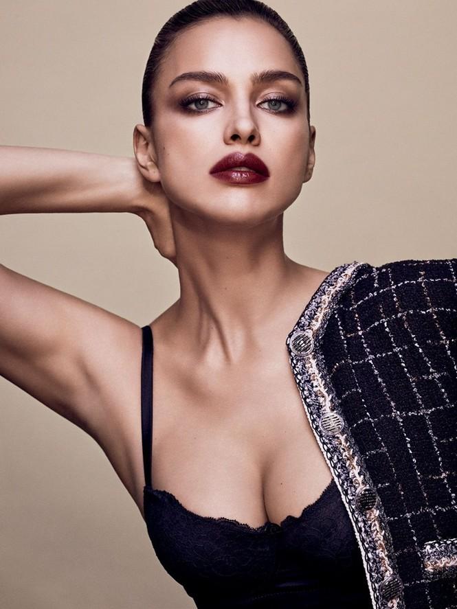 Mỹ nhân Nga Irina Shayk khác lạ với style quý ông - ảnh 2