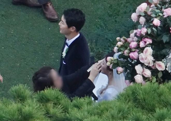 đám cưới Song Hye Kyo - Song Joong Ki - ảnh 3