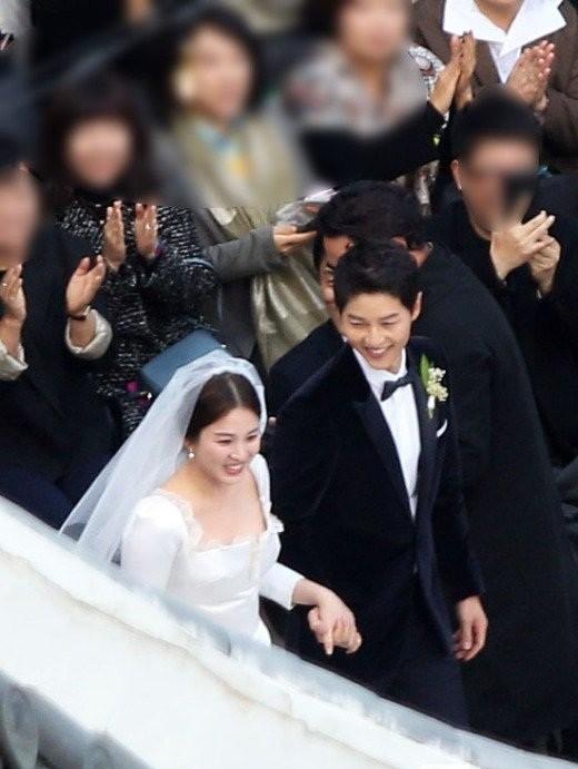 đám cưới Song Hye Kyo - Song Joong Ki - ảnh 10