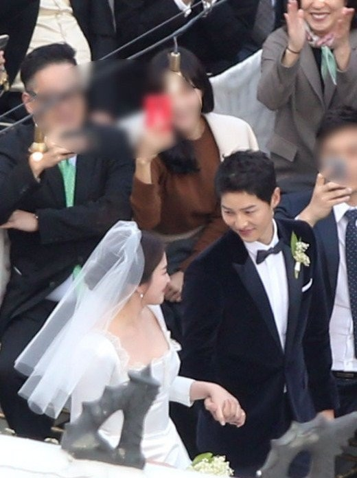 đám cưới Song Hye Kyo - Song Joong Ki - ảnh 8