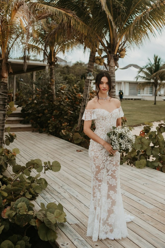 Thiên thần nội y Shanina Shaik diện váy cưới - ảnh 13