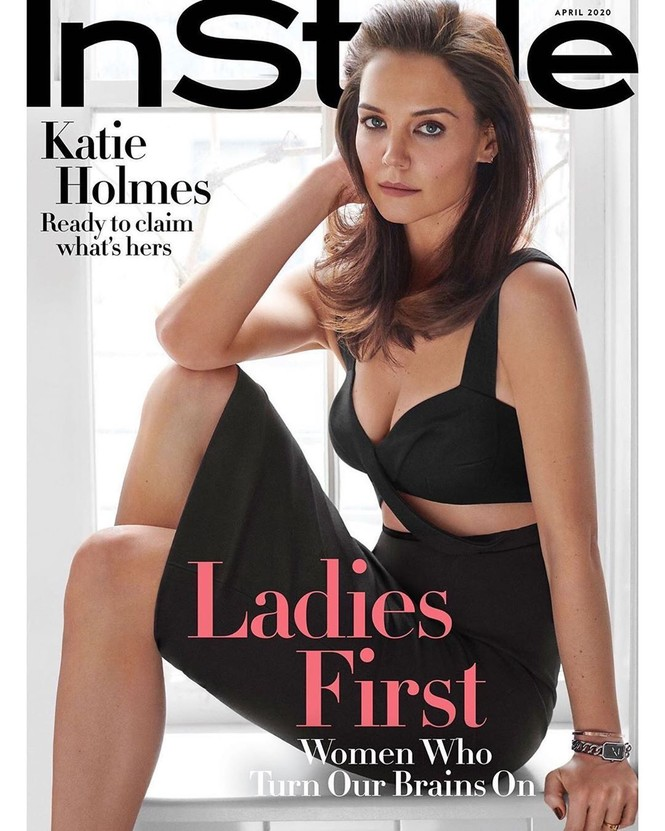 Vợ cũ Tom Cruise ngực đầy quyến rũ, gợi cảm bất ngờ ở tuổi 41 - ảnh 1