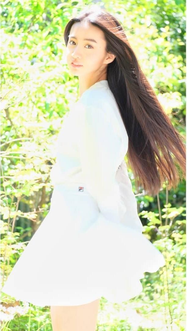 Vẻ đẹp trong veo như nàng thơ của người mẫu 17 tuổi Nhật Bản - ảnh 11