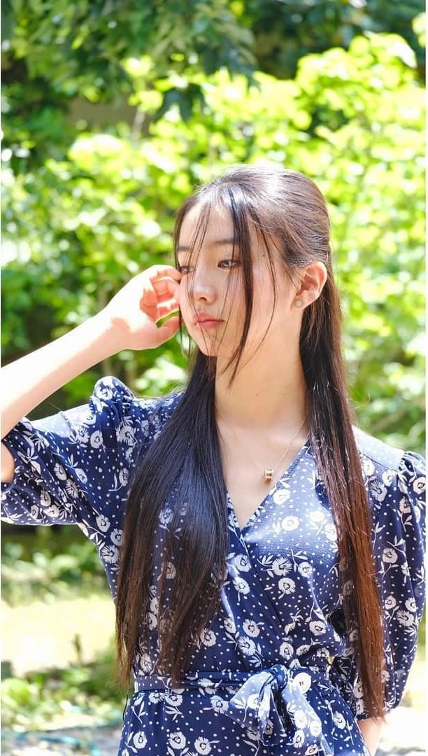 Vẻ đẹp trong veo như nàng thơ của người mẫu 17 tuổi Nhật Bản - ảnh 3