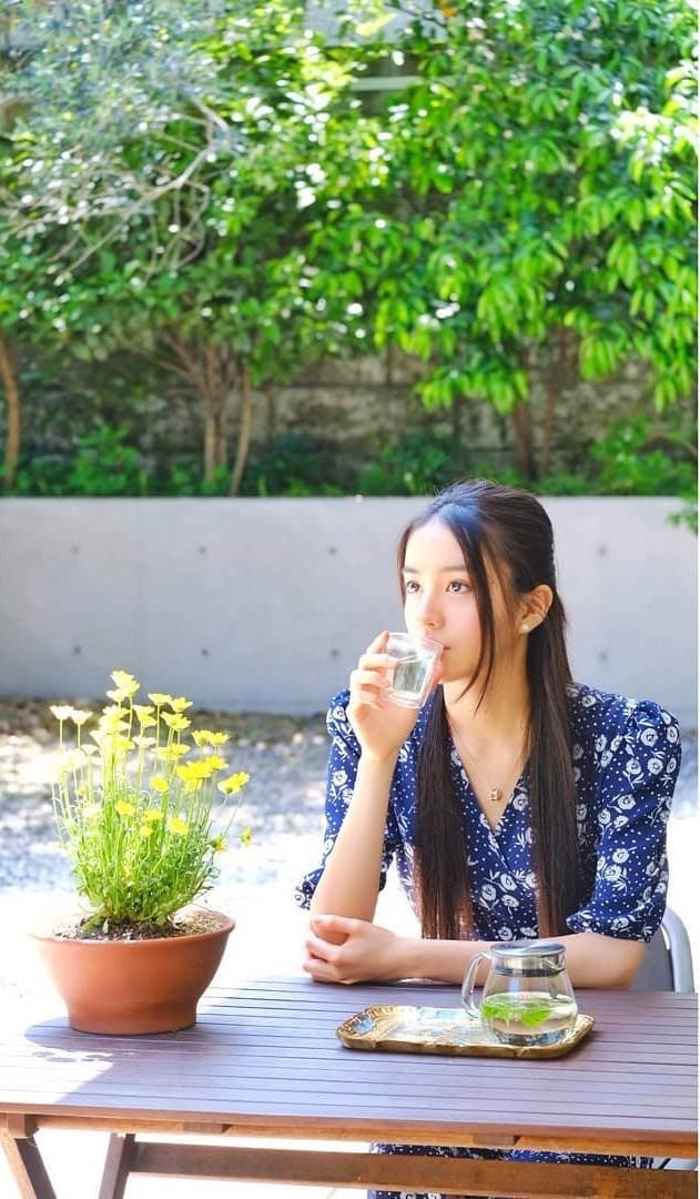 Vẻ đẹp trong veo như nàng thơ của người mẫu 17 tuổi Nhật Bản - ảnh 5