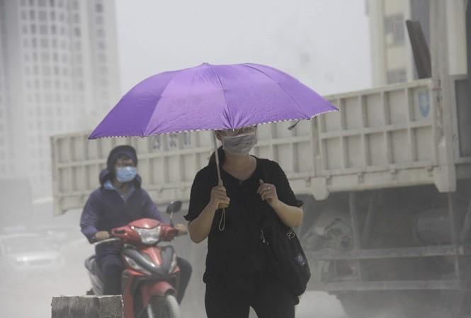 Bộ Chính trị yêu cầu khắc phục ngay ô nhiễm không khí ở Hà Nội và TPHCM - ảnh 1