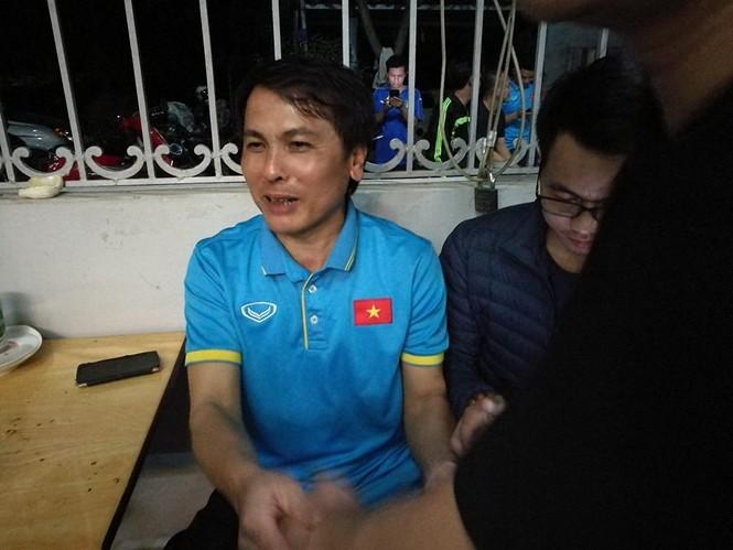 Mẹ cầu thủ Quang Hải: 'Bùi Tiến Dũng mới là người hùng của U23 Việt Nam' - ảnh 1