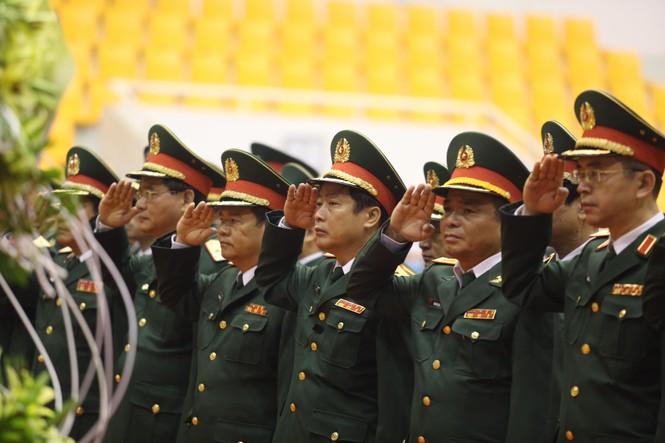Rưng rưng lễ tang 22 chiến sĩ hy sinh tại Quảng Trị - ảnh 18