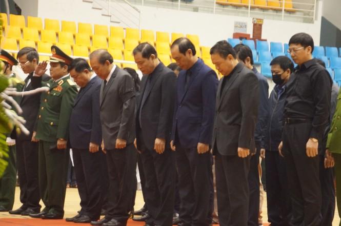 Rưng rưng lễ tang 22 chiến sĩ hy sinh tại Quảng Trị - ảnh 21