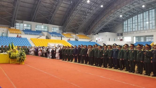 Rưng rưng lễ tang 22 chiến sĩ hy sinh tại Quảng Trị - ảnh 8