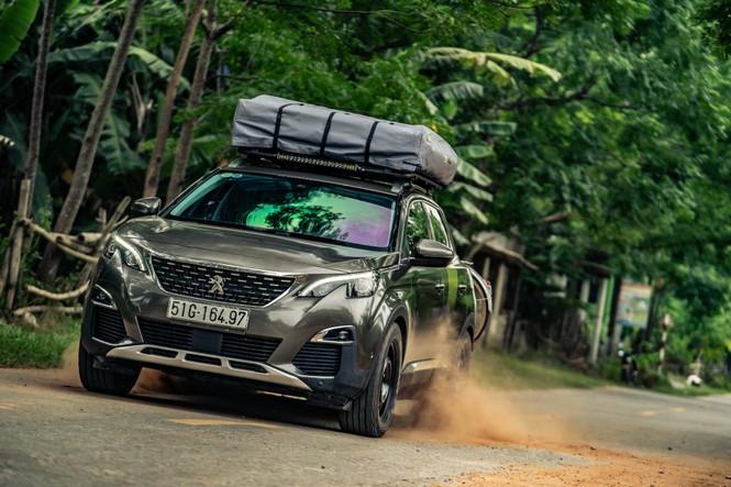 Tạp chí xe của Anh chạy thử Peugeot 3008 độ ở Việt Nam - ảnh 4