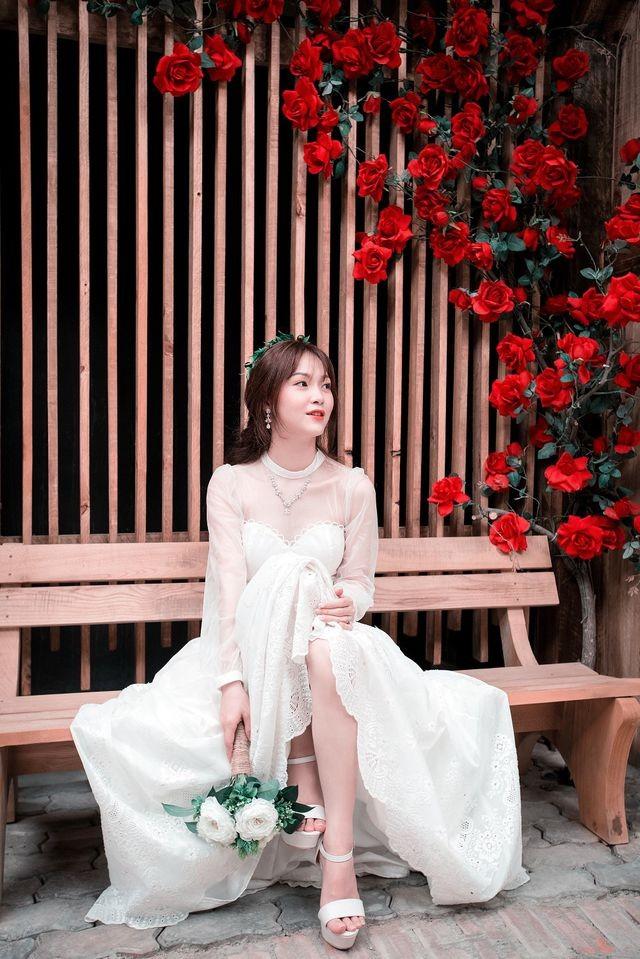 Cô gái xinh xắn dành 3 tháng tự tay may váy cưới gây 'sốt' mạng - ảnh 4