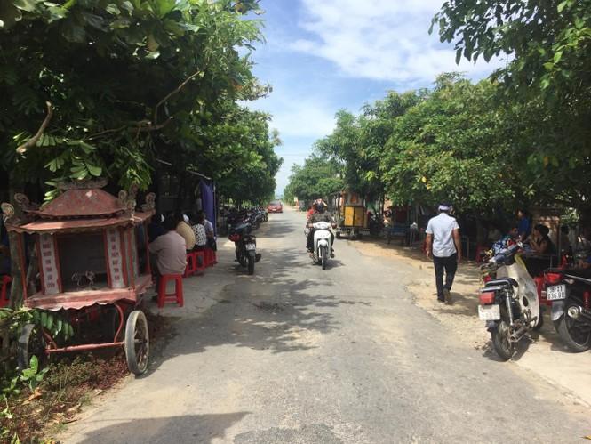 Nhói lòng tiếng thét vùng quê nghèo vụ tai nạn 3 trẻ tử vong - ảnh 2