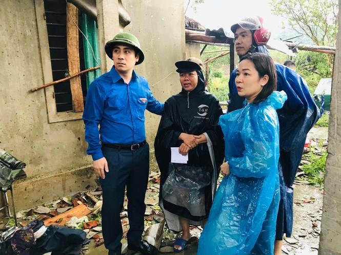 Lốc xoáy làm tốc mái 40 căn nhà - ảnh 6