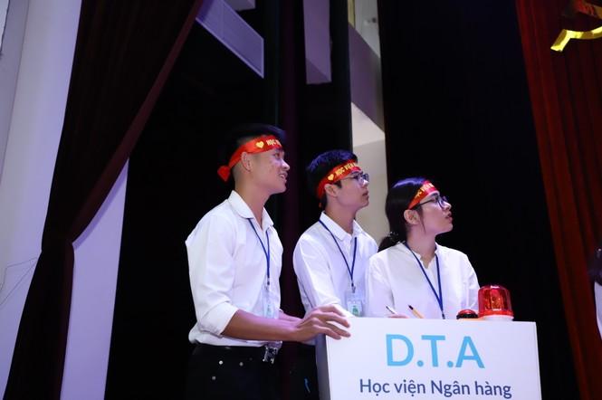 Sinh viên học viện Ngân hàng giành giải nhất cuộc thi 'Hiểu đúng về tiền' - ảnh 1