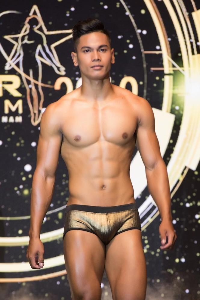 'Nhức mắt' với body chuẩn 6 múi của các thí sinh Mister Việt Nam 2019 - ảnh 12