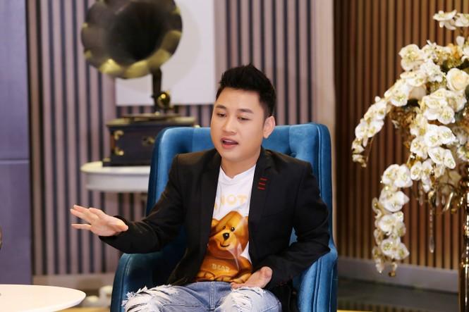 Đạo diễn Lê Hoàng: 'Tình yêu đồng giới mãnh liệt hơn trai gái bình thường' - ảnh 4
