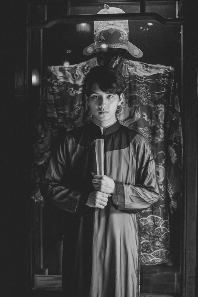 Hot boy Đại học Y trong bộ ảnh Quốc phục - ảnh 12