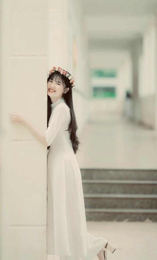 Nữ sinh Sư phạm ước được trình diễn những bộ trang phục tự mình thiết kế trên sàn catwalk - ảnh 4