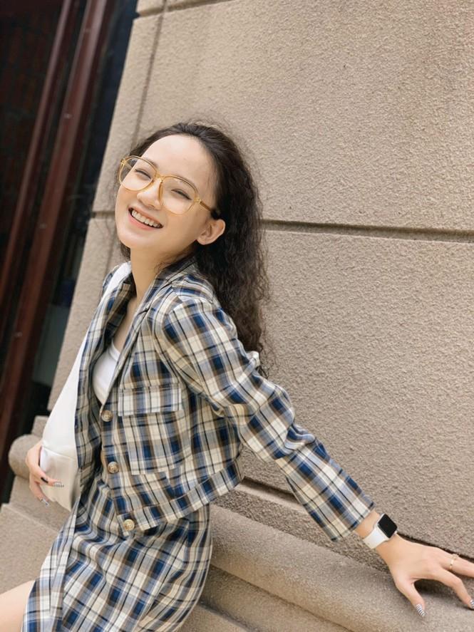 """Hot girl Yên Bái đạt điểm thi cao vút gạt phăng định kiến """"chân dài não ngắn"""" - ảnh 13"""