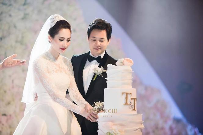 Hoa hậu Đặng Thu Thảo sinh con trai, hạnh phúc gia đình càng thêm viên mãn - ảnh 2