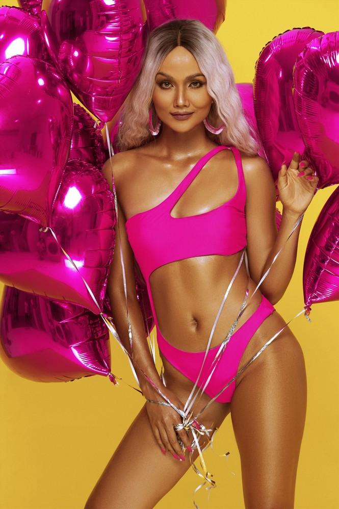 Không thể rời mắt khỏi dàn Hoa hậu khoe ngực đầy eo thon trong bikini nóng bỏng - ảnh 7