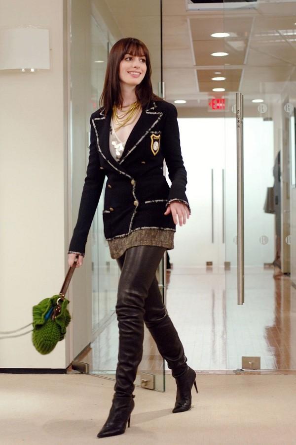 """Đóng phim nào cũng tạo xu hướng thời trang, Anne Hathaway quả đúng là """"nữ hoàng mặc đẹp"""" - ảnh 4"""