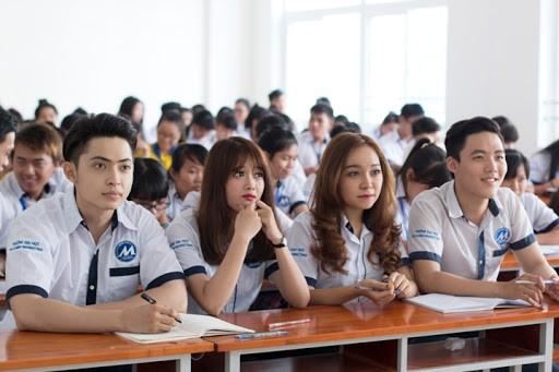 Nhiều trường đại học ở TP. HCM yêu cầu sinh viên về từ Đà Nẵng phải tự cách ly - ảnh 2