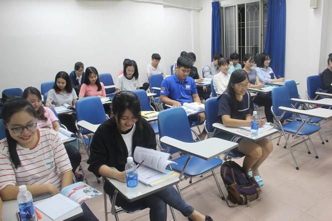 Hoãn tổ chức kỳ thi Tiếng Anh, Tin học vì dịch COVID-19 - ảnh 1