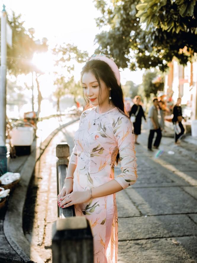 Thí sinh chung kết iMiss Thăng Long thả dáng trên phố Hội - ảnh 23