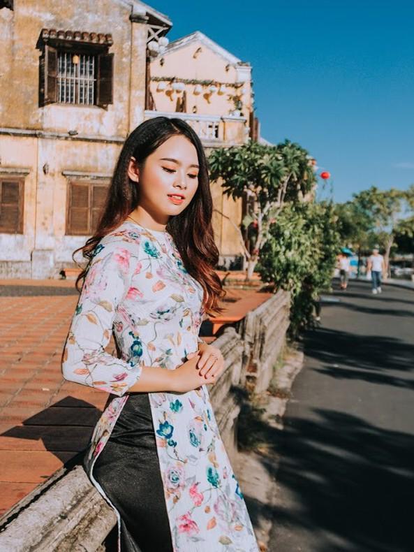 Thí sinh chung kết iMiss Thăng Long thả dáng trên phố Hội - ảnh 21