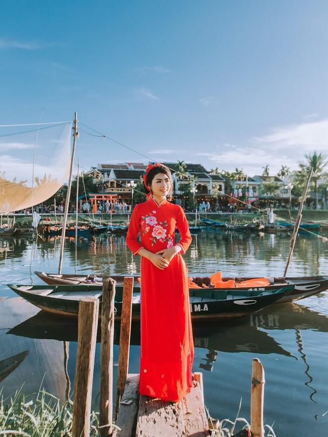 Thí sinh chung kết iMiss Thăng Long thả dáng trên phố Hội - ảnh 9