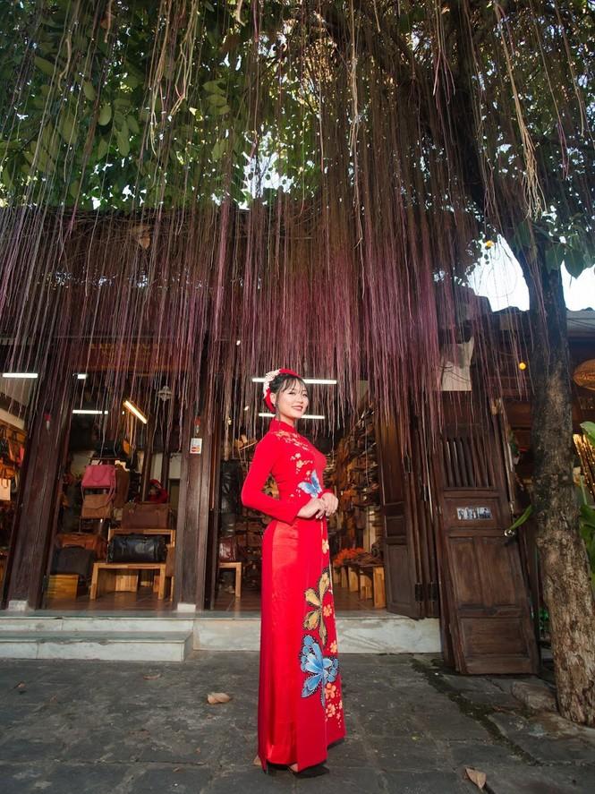 Thí sinh chung kết iMiss Thăng Long thả dáng trên phố Hội - ảnh 11