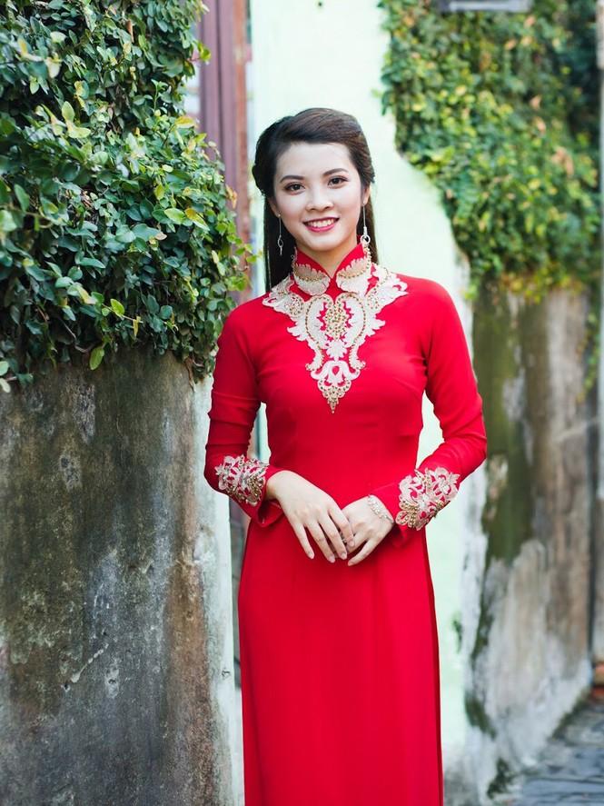 Thí sinh chung kết iMiss Thăng Long thả dáng trên phố Hội - ảnh 12