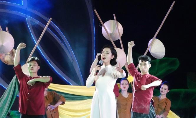 Học tập và làm theo lời Bác, thanh niên Việt Nam tiến bước - ảnh 6