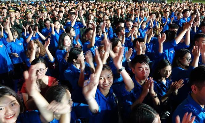 Học tập và làm theo lời Bác, thanh niên Việt Nam tiến bước - ảnh 11