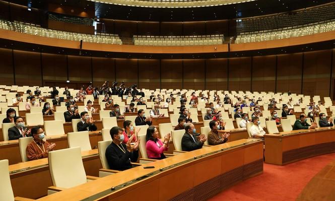 Chủ tịch Quốc hội gặp mặt đoàn đại biểu Đại hội toàn quốc các dân tộc thiểu số Việt Nam - ảnh 1