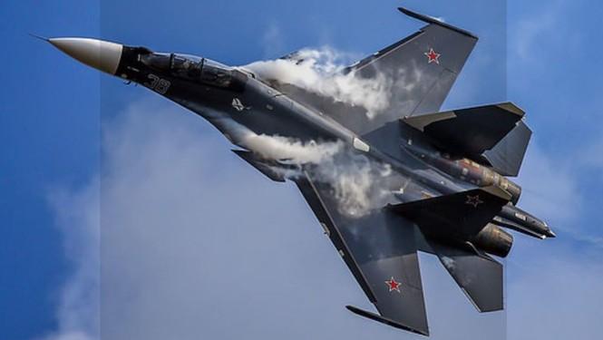 'Soi' Su-30SM, dòng tiêm kích lớn nhất châu Âu - ảnh 1