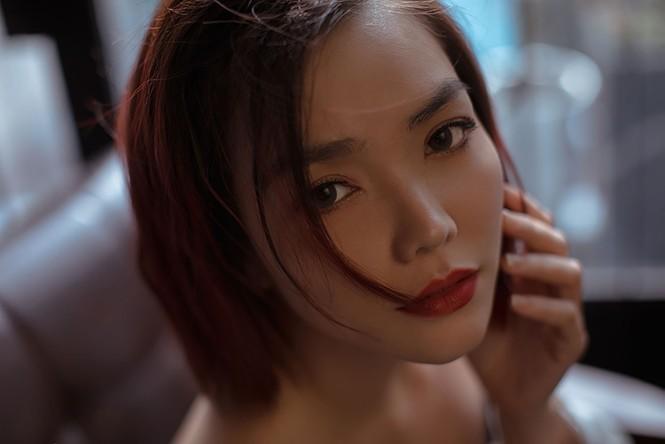 Hồng Kim Hạnh 'lột xác' với phong cách gợi cảm táo bạo - ảnh 5