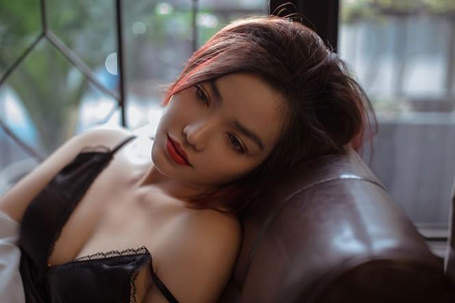 Hồng Kim Hạnh 'lột xác' với phong cách gợi cảm táo bạo - ảnh 7