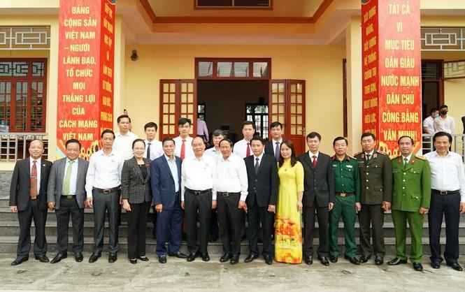 Hình ảnh Thủ tướng Nguyễn Xuân Phúc tiếp xúc cử tri TP. Hải Phòng - ảnh 9