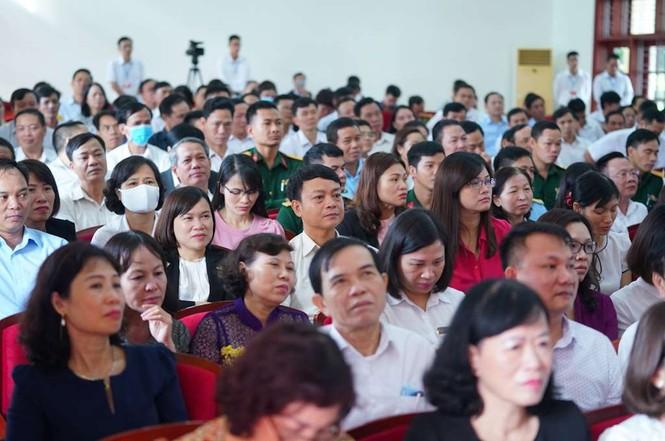 Hình ảnh Thủ tướng Nguyễn Xuân Phúc tiếp xúc cử tri TP. Hải Phòng - ảnh 7