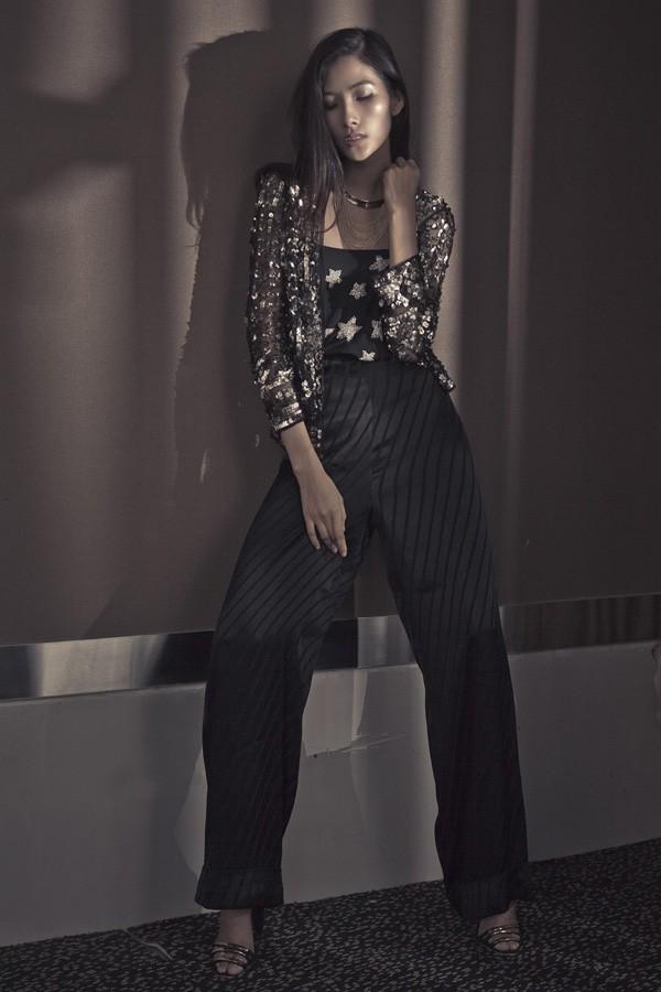 Hoàng Thùy kiêu sa với các thiết kế mới của Kate Moss - ảnh 6