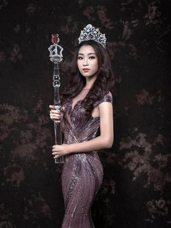 Hoa hậu Mỹ Linh lộng lẫy đầy quyến rũ với váy đuôi cá - ảnh 8